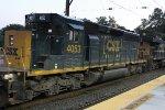CSX 4053 on Q439
